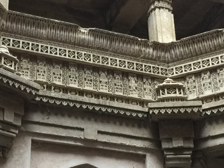 adalaj - designs at bottom most level