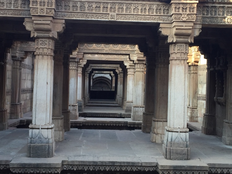 adalaj - perspective view of interior portion